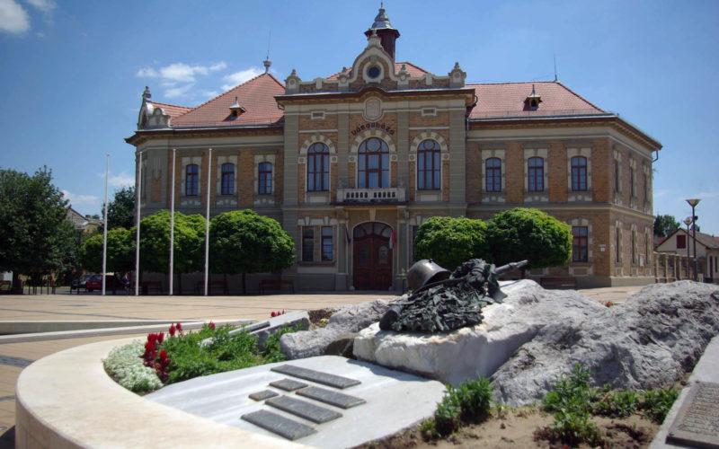 Kihelyezett, kibővített elnökségi ülés Tolnán