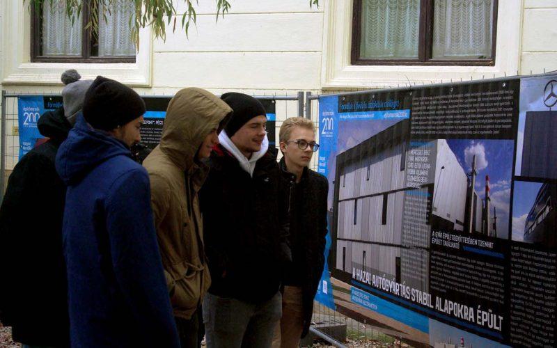 Tárlat mutatja be a csodálatos építőmérnöki munkát Szekszárdon
